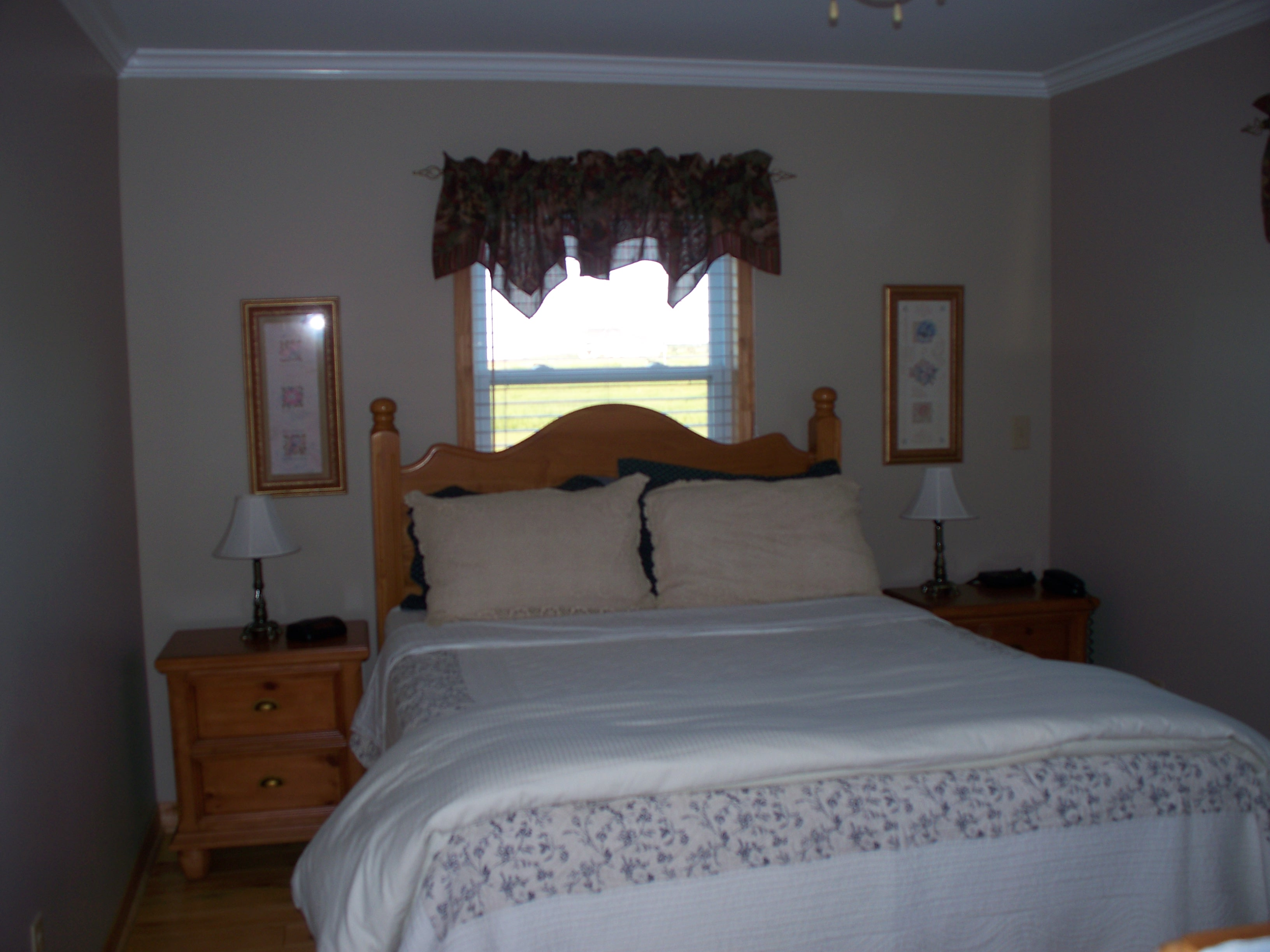Pictures Master bedroom upstairs or downstairs